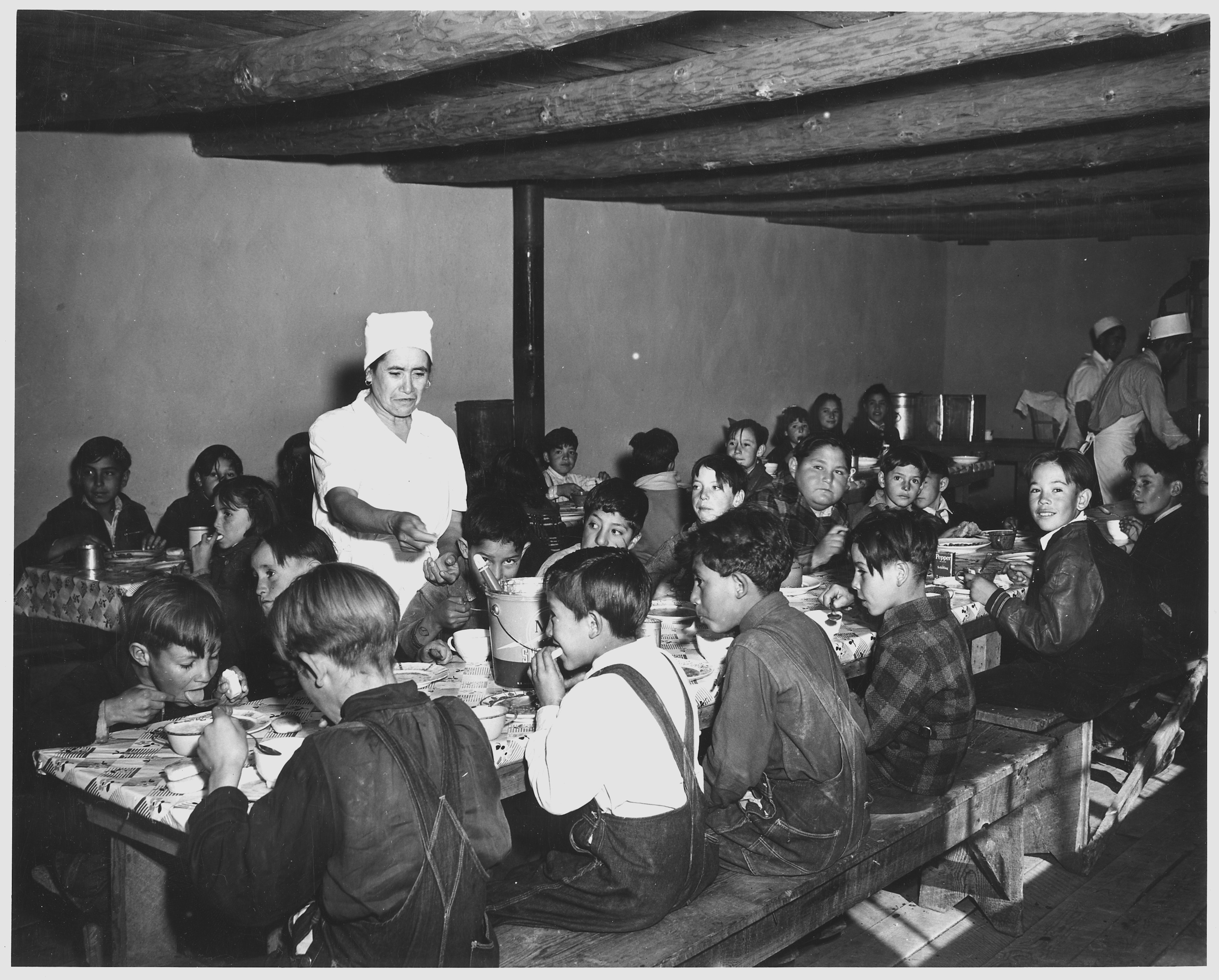 New mexico taos county llano - Taos_county _new_mexico__the_hot_lunch _school_at_penasco__children_pay_about_1_cent_daily_for_thi_______ _nara_ _521840 1941